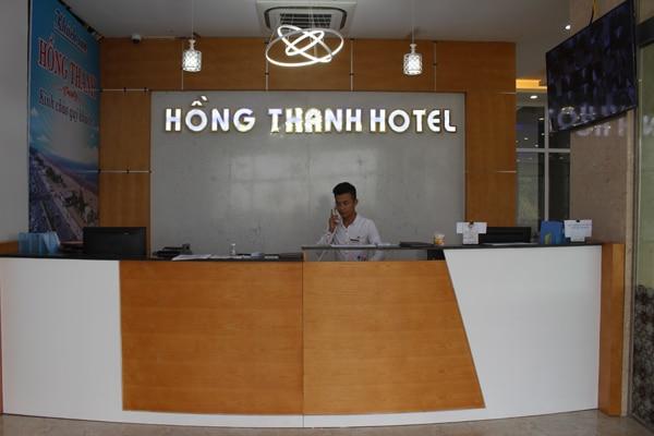 Lễ tân khách sạn Hồng Thanh
