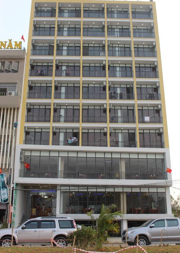 Tổng thể khách sạn Hồng Thanh