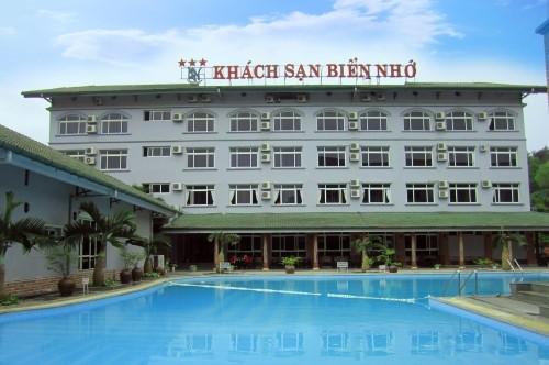 khách sạn có bể bơi ở sầm sơn